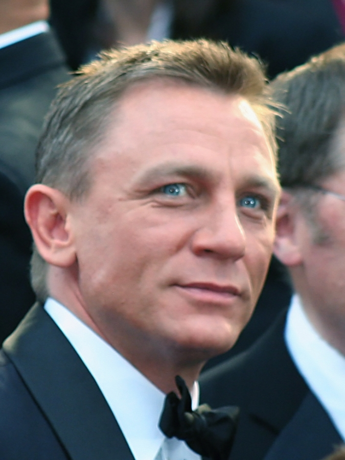 daniel craig to quit as james bond